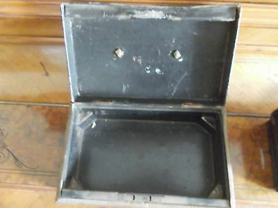 Vintage Metal Cash Tin With Internal Tray , No Key 4