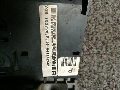 MG ZR Rover 200 fuse box yqe1030720 3