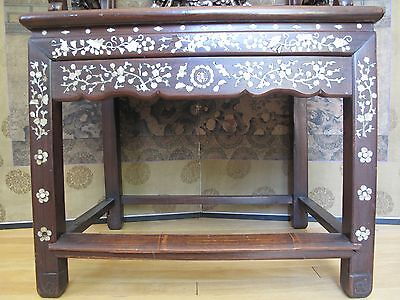 Beautiful 18-19th Century Qing Dyn. Chinese Rosewood Mother of Pearl Inlay Chair 10