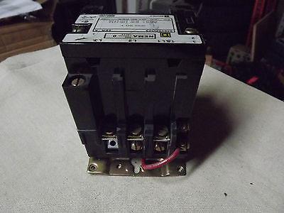 Square D 8502SBO2S Magnetic Contactor NEMA Size 0 Ser A 3HP 120V Coil 600V