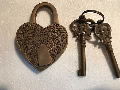 "HEART LOVE PADLOCK 3"" Vintage old stye 2 brass key lock engraved bridge heavy B 5"