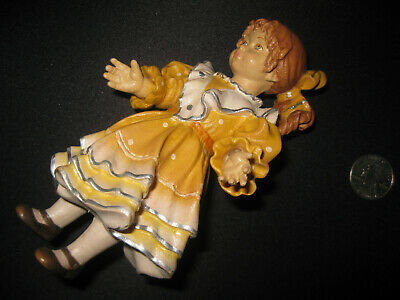 Unidentified 1995 wooden hand-carved doll 2