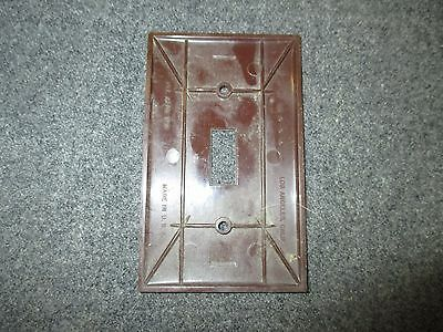 Mid Century Brown Plastic Single Switch Light Plate Cover Made By Donwood 2