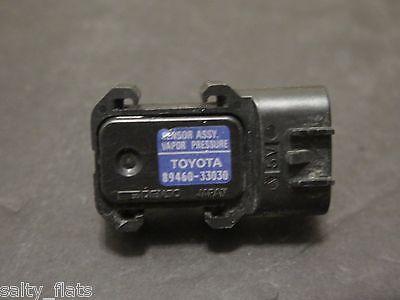 1997-2001 Toyota Camry Vapor Pressure Sensor 89460-06020 OEM 3.0l Lexus ES300 V6
