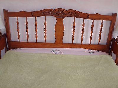 4 sur 12 chambre coucher noyer massif style louis xv lit 140 2 tables de nuit 1 tiroir