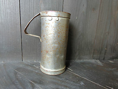 alter Messbecher, Messefäß ½-Liter, geeicht  AT 2