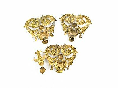 Antique Vintage Lot 3 GOLD TONE COLOR DRAWER PULL KNOBS? OR DECORATIVE ART PIECE 5
