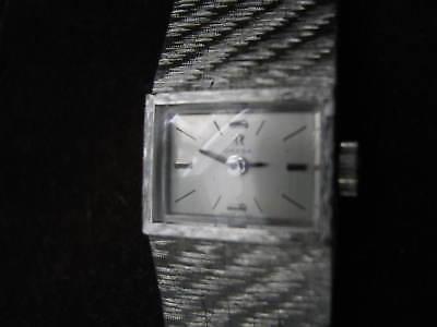 18K WHITE GOLD Swiss OMEGA Ladies Wrist Watch w MESH BAND