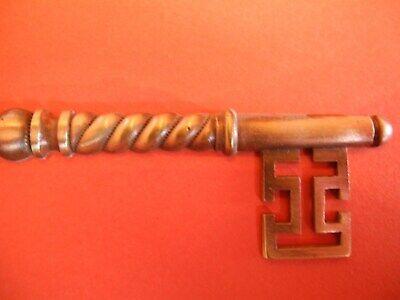 Zierteile Metallbeschläge Applikationen Schlüssel E 20 3