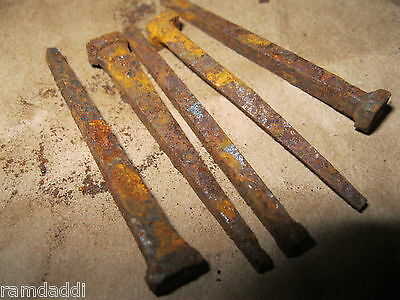 "1/2 LB Lot Vintage Cut Nails 2"" 2 1/8"" OLD VINTAGE ANTIQUE RUSTY NAILS about 50 5"