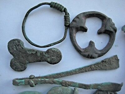 ANCIENT DECORATED RING FIBULAS AMULET CRESCENT PENDANT Viking Kievan Rus 4