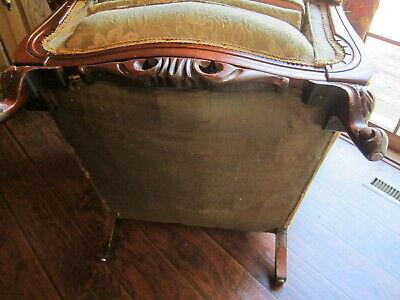Vintage Carved Mahogany Armchair.(Sort Back) 8