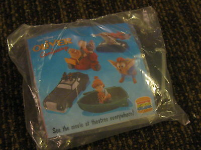 Burger King Kids Club Disney/'s OLIVER AND COMPANY Girl with boat Toy NEW 1996