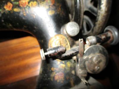 Maquina De Coser Muy Antigua Marca Singer. Siglo Xix / Sewing Machine Brand 2