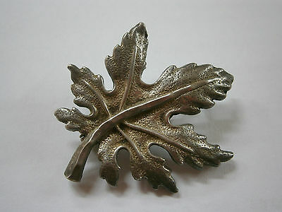 Vintage Old Hand Made Beauty Silver Brooch Pin Canadian Leaf Sterling 900 3
