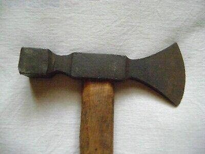 altes Försterbeil / Holz Beschlag Beil, altes Werkzeug 3