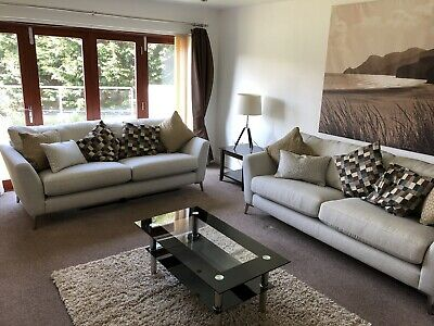 2019/20 Pembrokeshire Christmas Luxury Holiday , 6 bedroom , 1 mile from the Sea 10