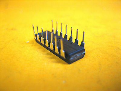 NSC CASE DIP24 MAKE MM58167BN Integrated Circuit National Semiconductor