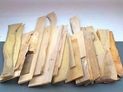 Craft Sawn hardwood board offcuts model making 5kgUPOC Mixed sizes /& species