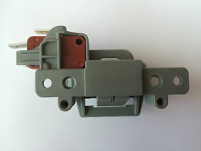 DIF04UK.R DIF04UKN Dishwasher Door Interlock Lock Genuine Indesit DIF04UK