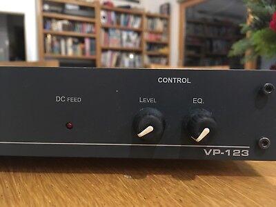 Kramer VP-123 RGBHV 1-in 3-out component / composite video distribution amp 3