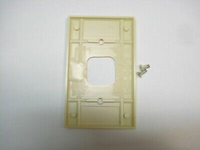 Vintage Ivory Telephone Jack 4 Prong Outlet Wall Cover Plate Phone 3