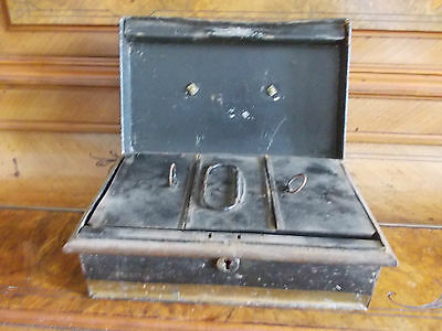 Vintage Metal Cash Tin With Internal Tray , No Key 2