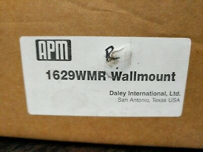Wall mount assemply Daley APM Chemical Dilution delivery station Right handle 2