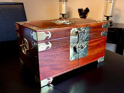 Vintage Chinese Hardwood Jewellery Chest + 74 Pieces of Jewellery & Misc Items 2