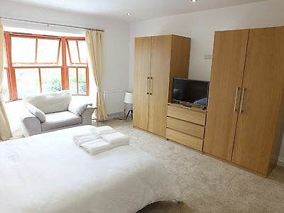 Fabulous 2020 School holidays at a 5 Star , 6 Bedroom, Luxury in Pembrokeshire 7