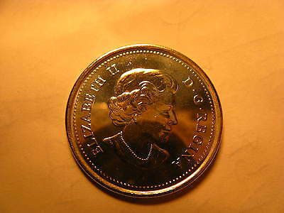 Canada Set Of 2  2015 25 Cent Coins Coloured & Plain 50 Years Of Canadian Flag. 6