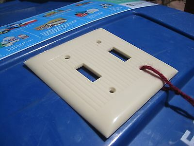 Vintage *** SIERRA ELECTRIC *** 2-Gang Toggle Switch Wall Plate Set of 1 USA 3