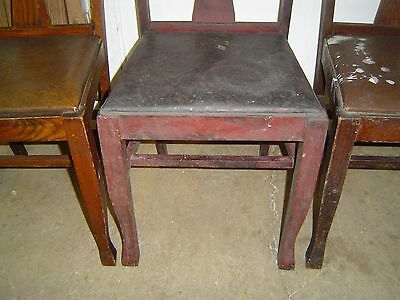 2 Of 3 Matching Formal Tiger Oak T Back Vase Dining Room Chairs