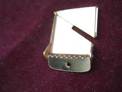 "1970s Designer Logo? Brassy Yellow Gold Plated Adjustable Belt Buckle 1"" Wide 4"