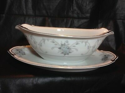Fleurette by EMPRESS Gravy Boat With Attached Plate 3