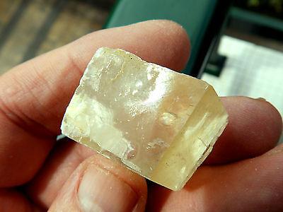 "Minerales "" Excelente Cristal De Calcita Espato De Islandia De China - 9C15 "" 2"