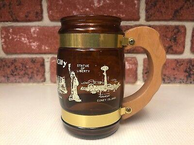 Siesta Ware NEW YORK CITY Souvenir Beer Mug Amber Glass Wooden Handle Landmarks