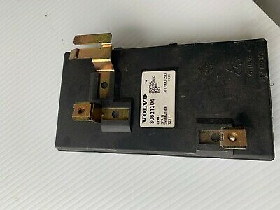 YC#5    Volvo S40 2000-2004 CEM Central Electronic Module 30621304