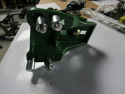 John Deere Adapter Bracket 660472, HSY-W1207 New 4