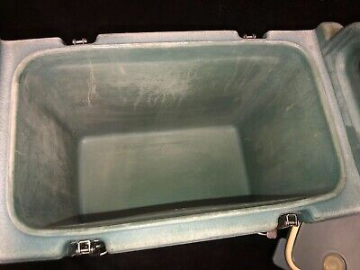 Cambro Blue Insulated Soup/Beverage Carrier 350LCD 3.3/8 Gallon Capacity. #1T 10