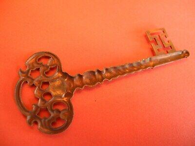 Zierteile Metallbeschläge Applikationen Schlüssel E 20 5