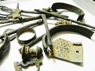 Zurqieh -As10932- Ancient Holy Land. Lot Of Ancient Bronze Items. 3