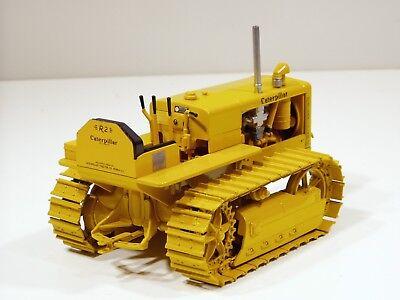 Caterpillar R2 Tractor /& No.4 Grader MIB 1//16 Spec Cast