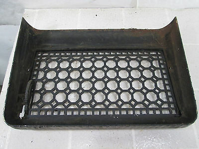 """Vintage Cast Iron Wall Grate w/Damper- Honeycomb Design 11"""" x 17"""" ASG#9 3"""
