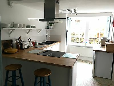Dog & family friendly Coastal Holiday Cottage Cornwall Large garden Easter week 3