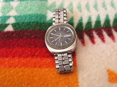 Vintage Jessop 17 Jewel Watch Swiss Made Day Date