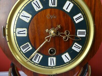 OLD WINTAGE  RETRO CLOCK Mid Century Orfac Pendulum Metal Table Mantle Clock 5