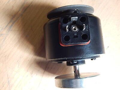 Binder Magnetschalter Typ 21 554-08B1 IP442V050Hz/1,43A