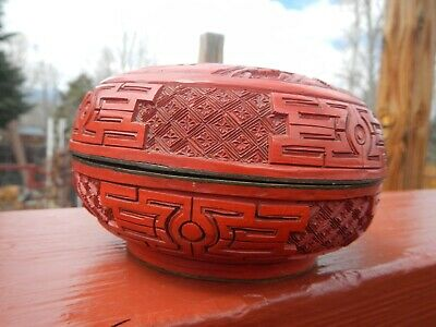 Antique Carved Chinese Cinnabar Lacquer Box Deep Vivid Red Figural Men Checkers 9