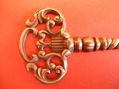 Zierteile Metallbeschläge Applikationen Schlüssel E 20 2